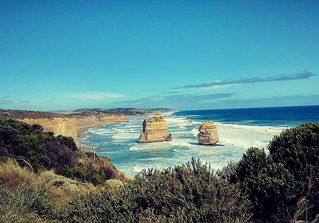 WMU-Cooley Study Abroad students drive Australia's Great Ocean Road
